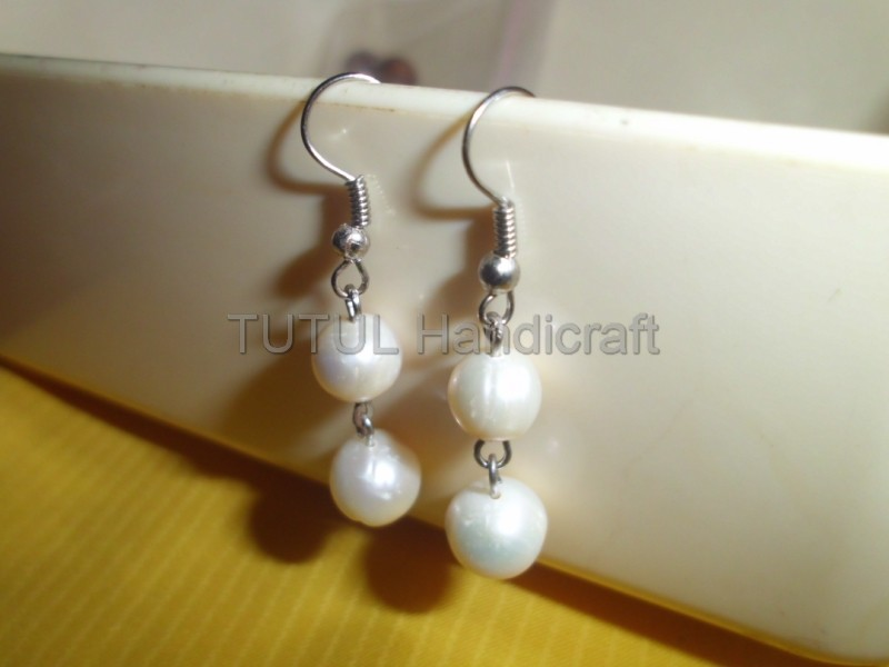 Anting Mutiara Budidaya Air Tawar model 02