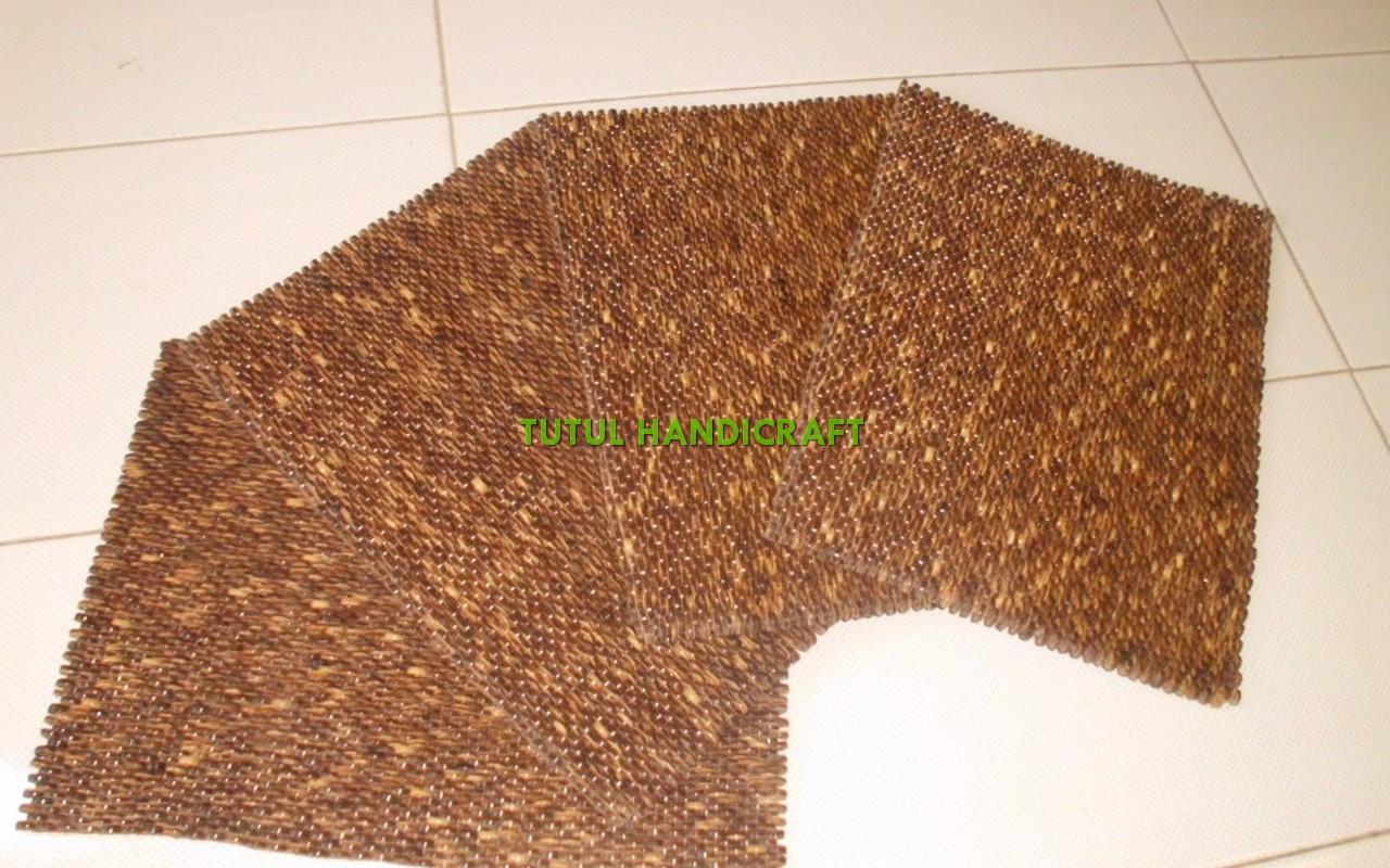 Alas makan batok tempurung kelapa ukuran 30 x 40 cm