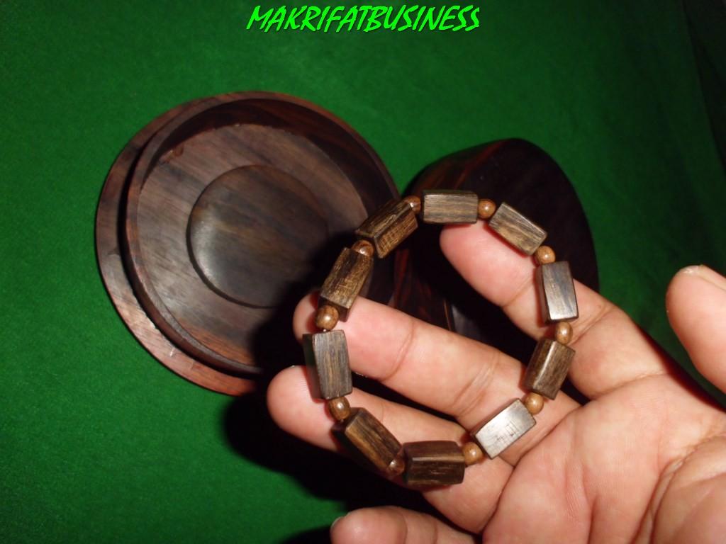 Gelang  kayu kalimosodo nusa barong model kotak ukuran 8 mm