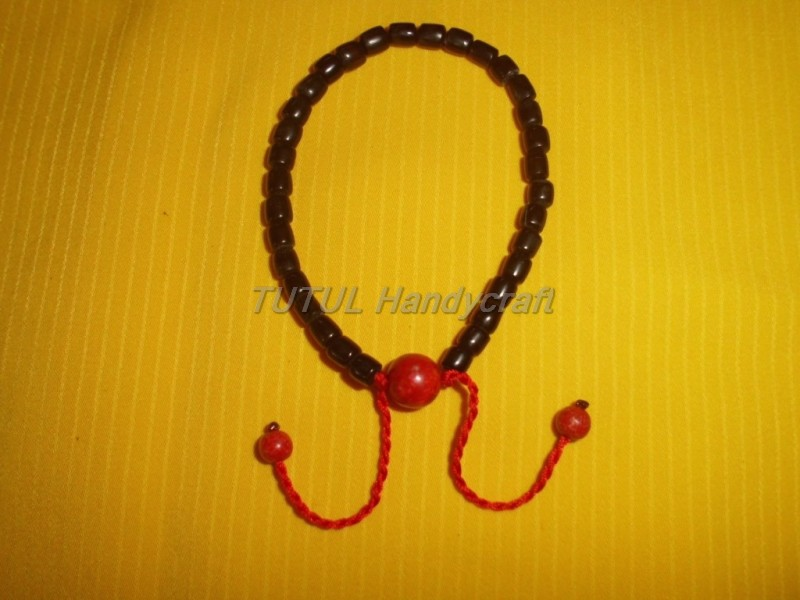 Gelang tasbih TANDUK SAPI HITAM kombinasi  RED CORAL 33 biji 6 mm