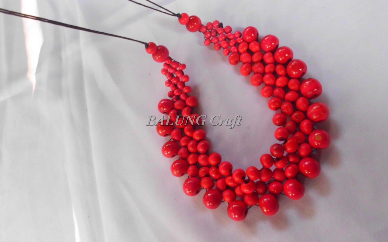 Kalung Etnik KAYU KOPI Model Buan Warna Merah 01