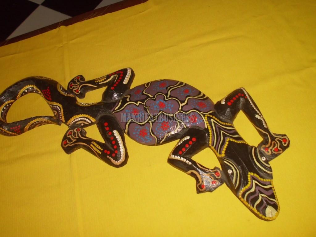 Patung CICAK KAYU panting panjang 50 cm model 01