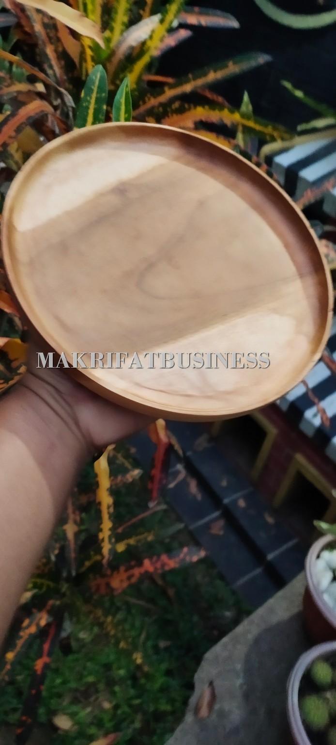 Piring Liuk Kayu Jati 20 x 2.5 cm