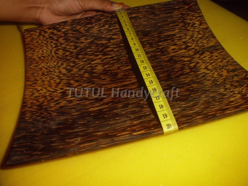 Piring Plesmet KAYU AREN ukuran 20 x 25 cm